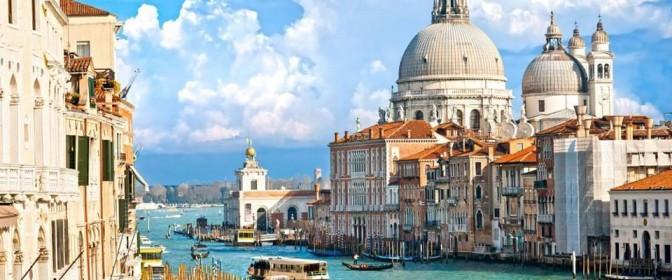 CIRCUIT 2018 ITALIA -autocar- de la 283 euro