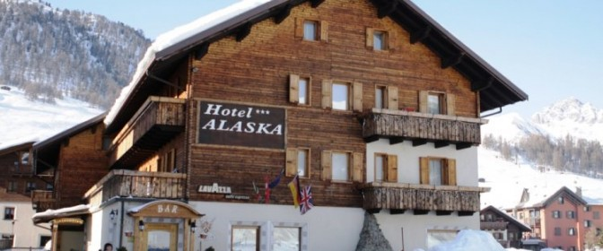 OFERTA SKI 2018 ITALIA-LIVIGNO Hotel Alaska 3* de la 63 euro