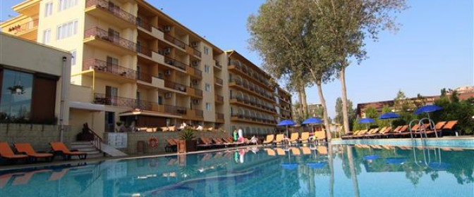 SEJUR VARA 2018 MAMAIA Hotel MODERN **** Ultra All Inclusive de la 1269 lei