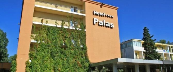 SEJUR VARA 2018 MAMAIA Hotel PALAS **** de la 549 lei