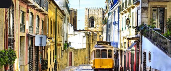 PIATA DE CRACIUN 2018 PORTUGALIA de la 414 euro