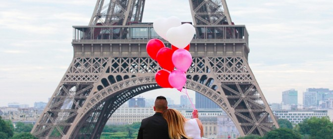 Femeie care cauta cazare Paris