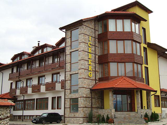 HOTEL ICEBERG 3*-BANSKO  de  la  15 euro