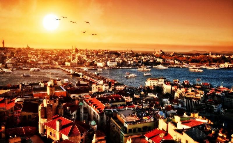 CIRCUIT 2015 ISTANBUL INSULA PRINTULUI de la 195 euro