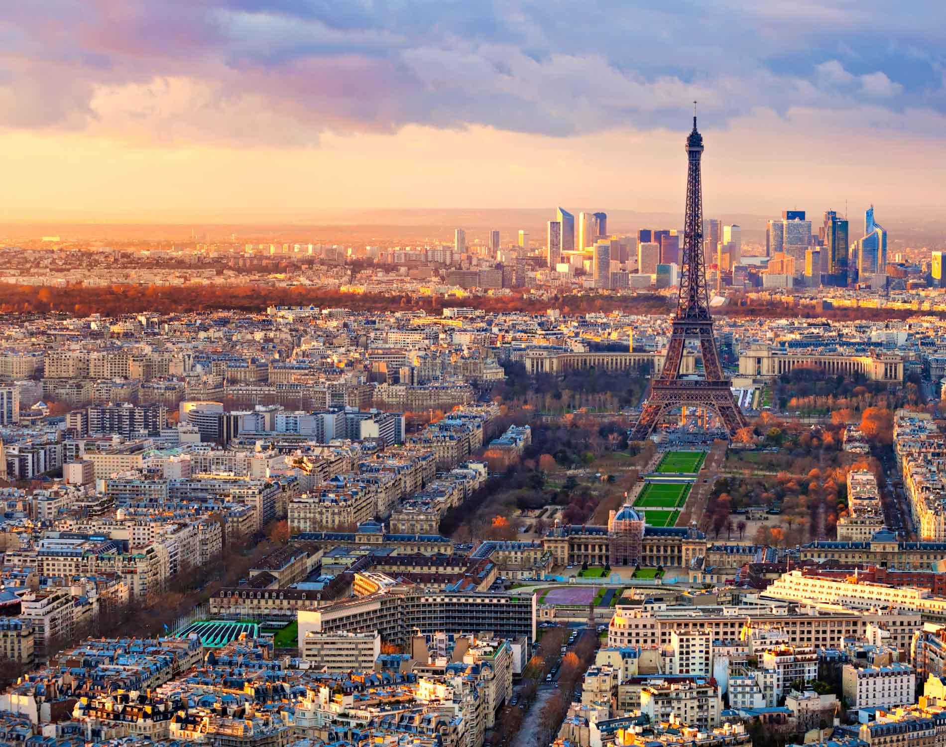Paris - Orasul Luminii | Paralela 45