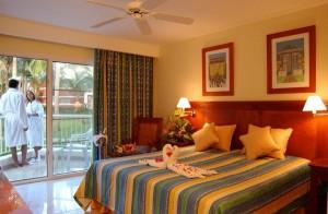 Dominican_Republic_Bavaro_Beach_Grand_Palladium_Punta_Cana_Resort_view_of_Standard_Rooms_1_badc91aab19e63fb6c9dd0f01a0642fb_600x400