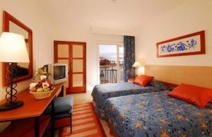 marina-plaza-guest-room