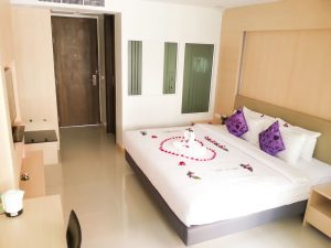 andatel-grande-patong-photos-room-patong-deluxe-king