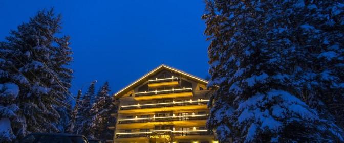 CRACIUN 2020 HOTEL REGAL 3* SINAIA de la 330 euro/noapte